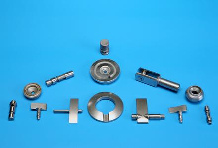assemblage de pièces pour l'industrie